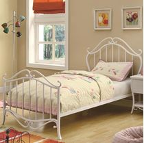 Picture of Bella Full Youth Bed in White Metal